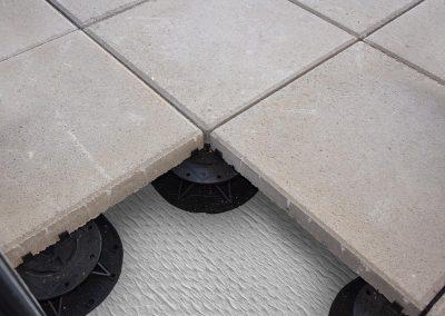 DAMTEC sonic drain plus under support pads