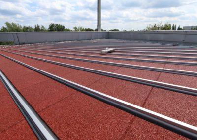 KRAITEC step als Schutzlage unter Photovoltaikanlagen