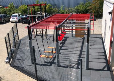 Parcour Training with style UNI versa for outdoor areas